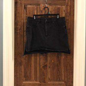Madewell black step hem skirt, 31